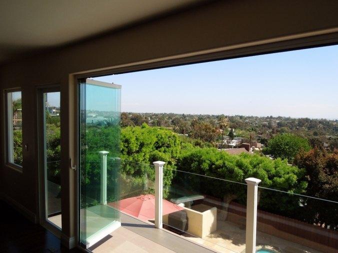 Retractable-exterior- Glass-Wall