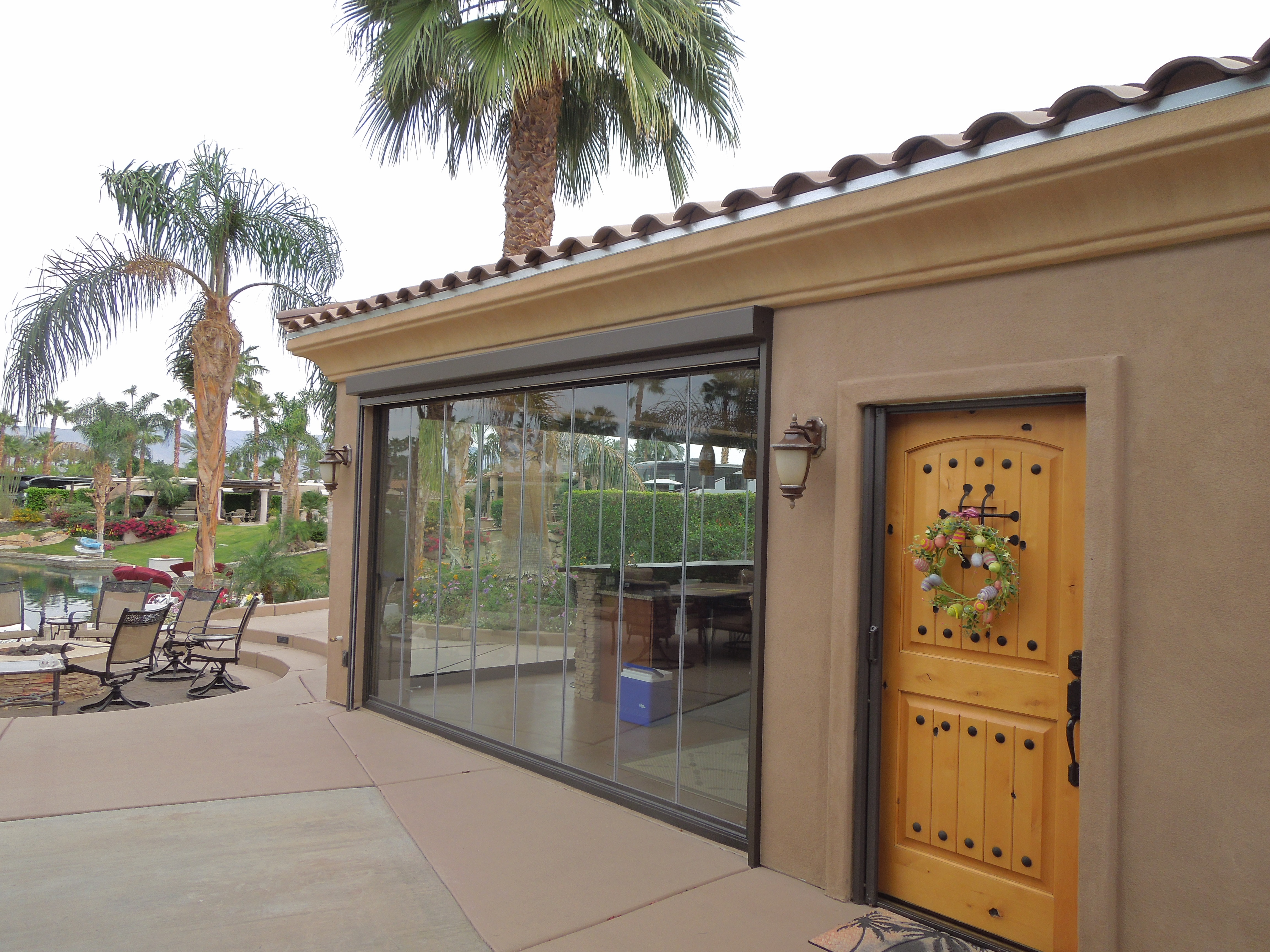 Frameless Folding Doors Palm Springs & lanai doors \u2013 T Group Folding Doors and Windows